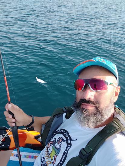 """Immagine di """"Diamo un'occhiata al kayak"""" foto di Riccardo Menci"""